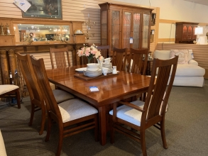 mission-style-dining-set