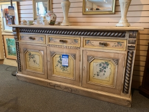 painted-sideboard