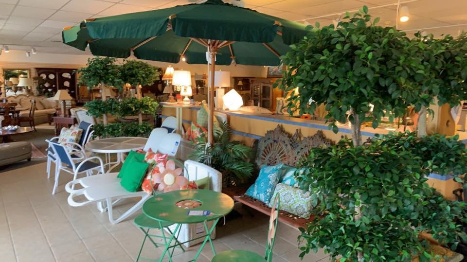 Used Outdoor Furniture | The Consignment Gallery | New ...